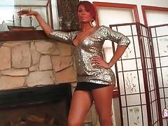 Lovely ebony she-male Kitty knows how to turn you on.